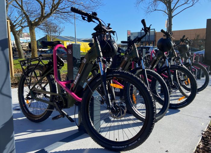 We're offering Smartmotion X-City Neo electric bikes for ŌCHT tenants to use.